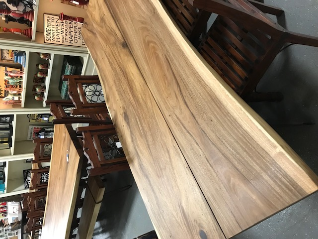 Large Live Edge Dining Tables