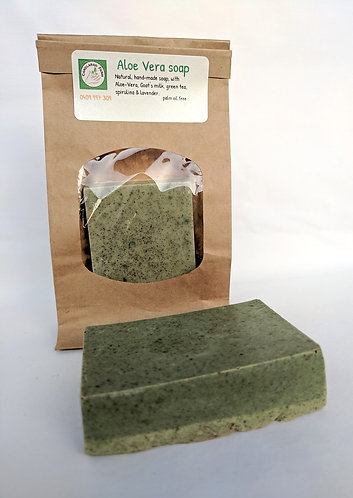 Goat's milk soap with Green tea, Spirulina & Aloe.
