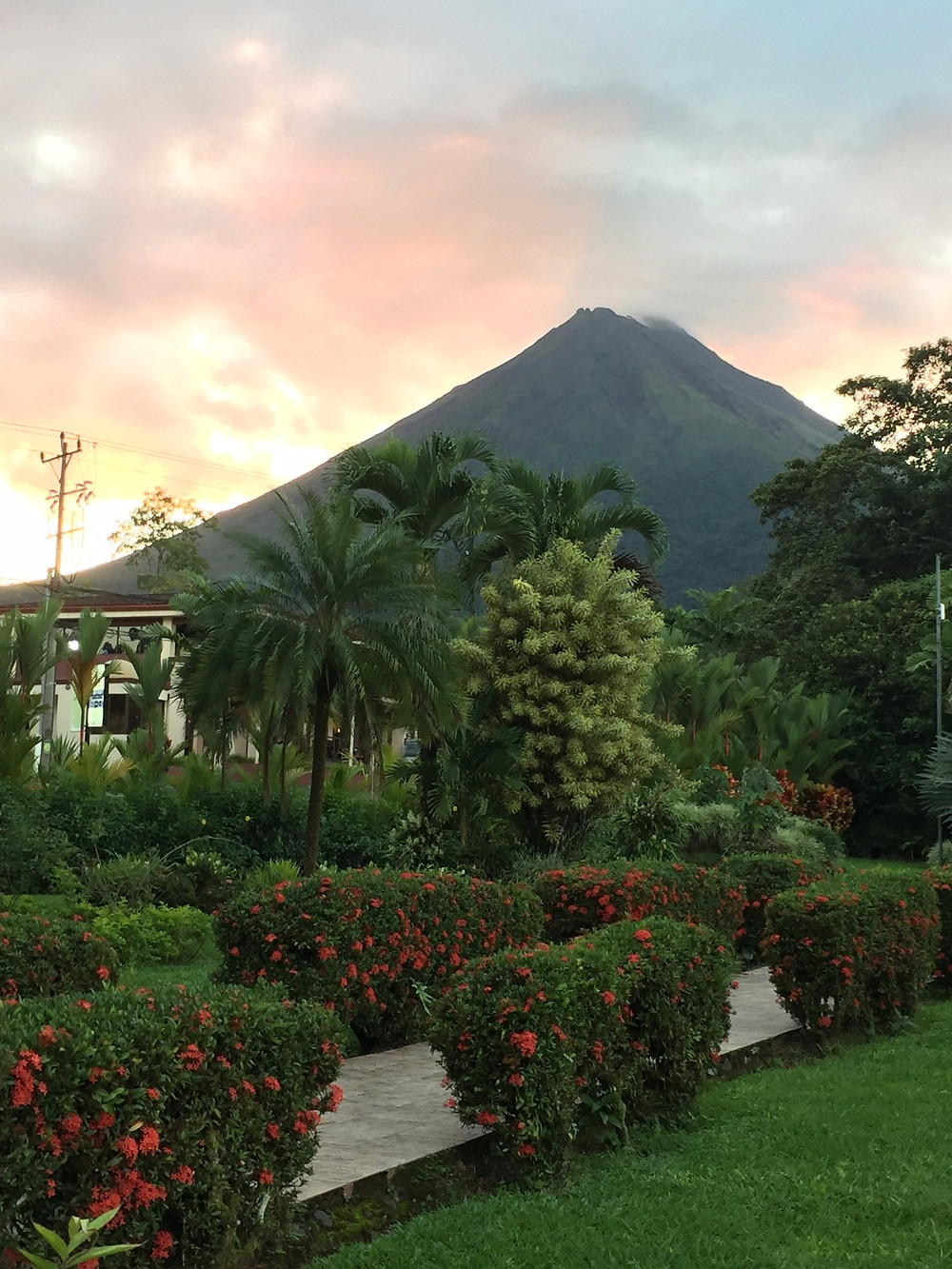Arenal volcano hotel