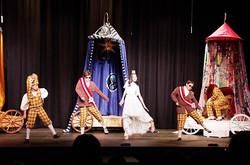 BremMuzikantyPrincess and Guards Dance
