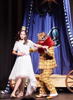 BremMuzikantyKing and Princess Dance