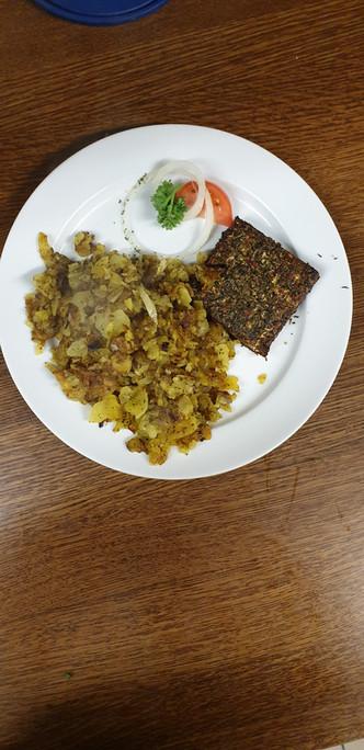 Ziegenfeta mit Bratkartoffeln  - Löwenstrausse