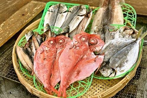 天日干し!アサダ水産の 金目鯛の干物を含む干物セット(送料別)