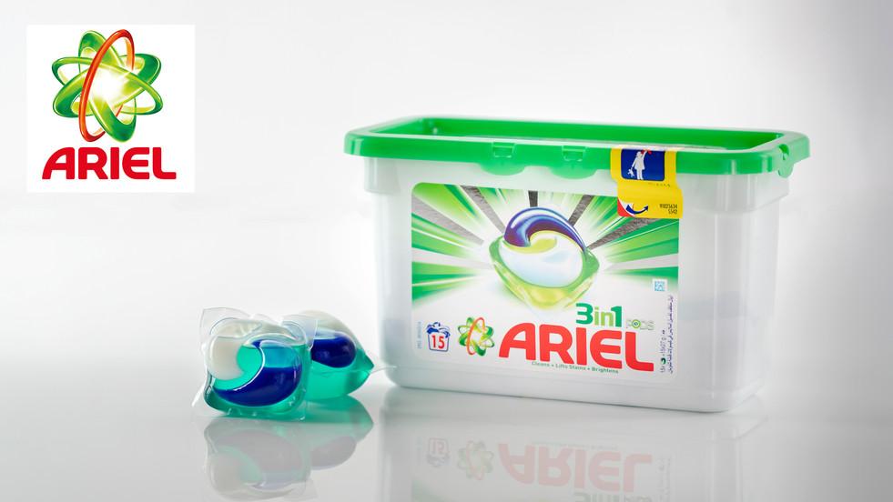 Ariel 3 in 1 Pods.jpg