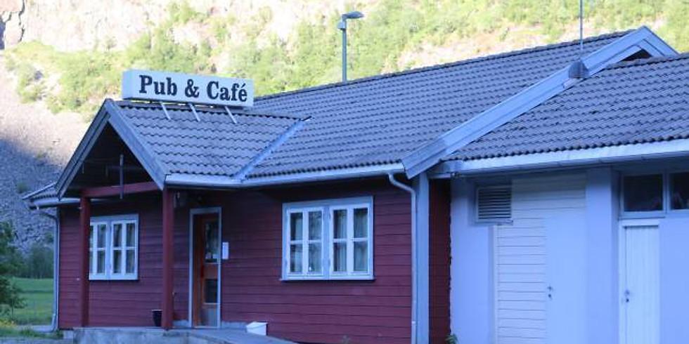 Sumardans på Borgund
