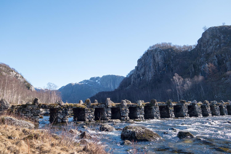 Ancient bridge Terland klopp