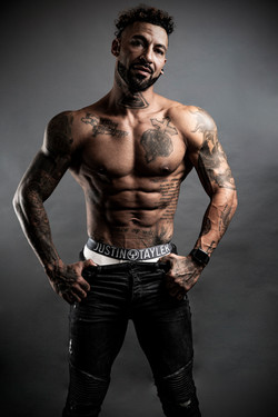 Lewis Riches (Personal Trainer)