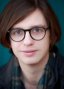Alexander Oliver (Comedian)