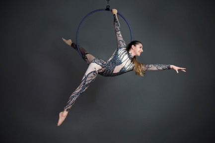 Amy (Aerial Performer)