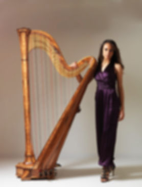 London based harpist