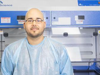 Luis in lab2.jpg