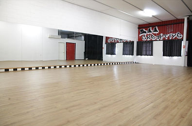 sjj creative wild child logan loganholme dance school classes studio acting