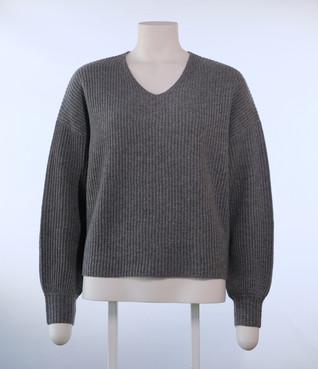 Vicky V ribbed pullover