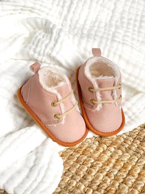 Les boots fourrées, coloris vieux rose