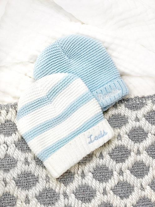 Le poussin, bonnet de naissance