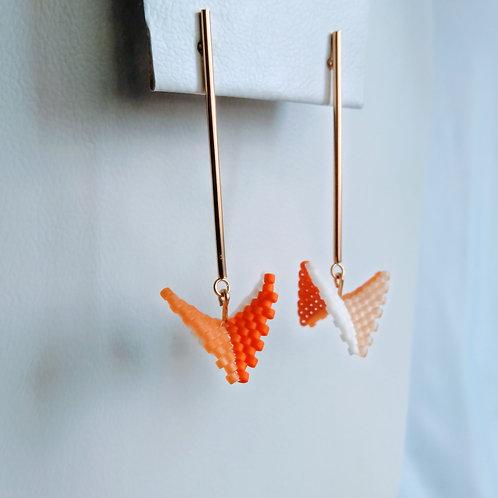 Topo Poste con Figura abstracta tejida a mano en Miyuki
