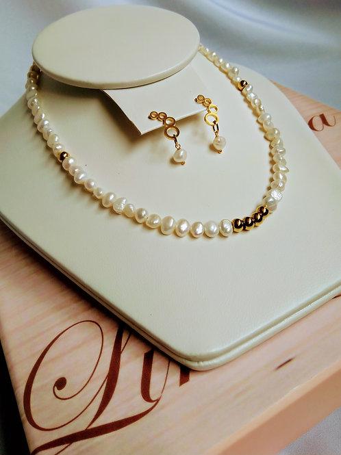 Conjunto de perlas de Río y balines en acero.