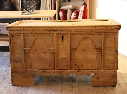 Baule in legno di abete