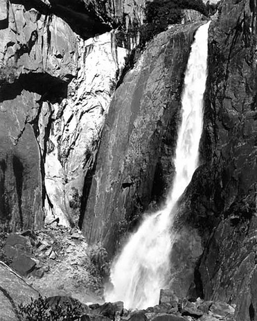 V8615 YosemiteFalls.jpg