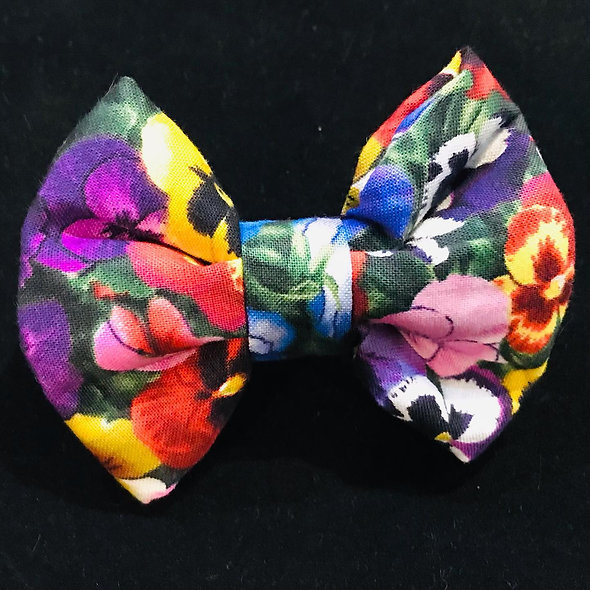 Pansy Bloom - Bowtie