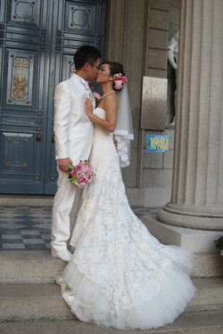 教堂婚禮儀式新娘化妝