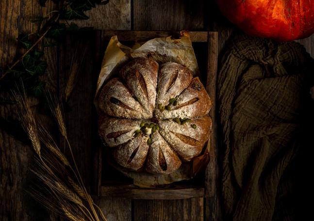 pumpkinsourdough-2.jpg