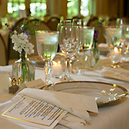 Guest table vignette with menu, Rockwood Manor, Potomac, Maryland photo Tracey Attlee