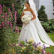 Bridal portrait in the garden, Spring Lake, NJ photo Tracey Attlee