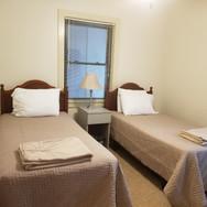 Lodge twin beds hall bath 3.jpg