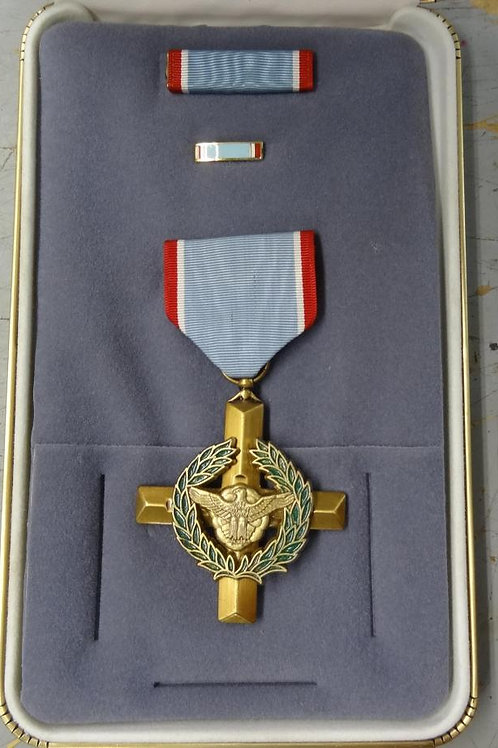 AIR FORCE CROSS MEDAL SET