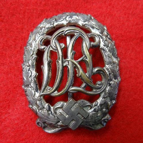 WW2 GERMAN DLR SPORTS BADGE
