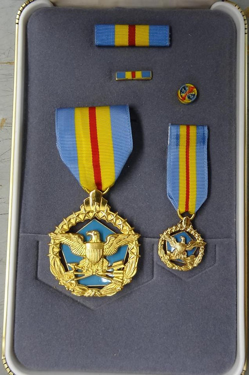 DoD DISTINGUISHED SERVICE MEDAL SET