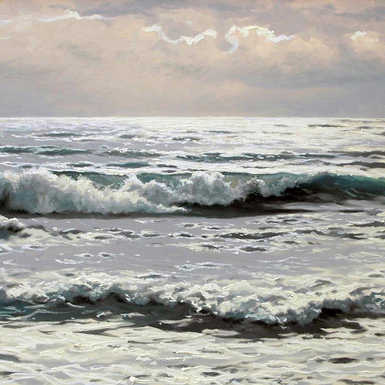 Море серебрится
