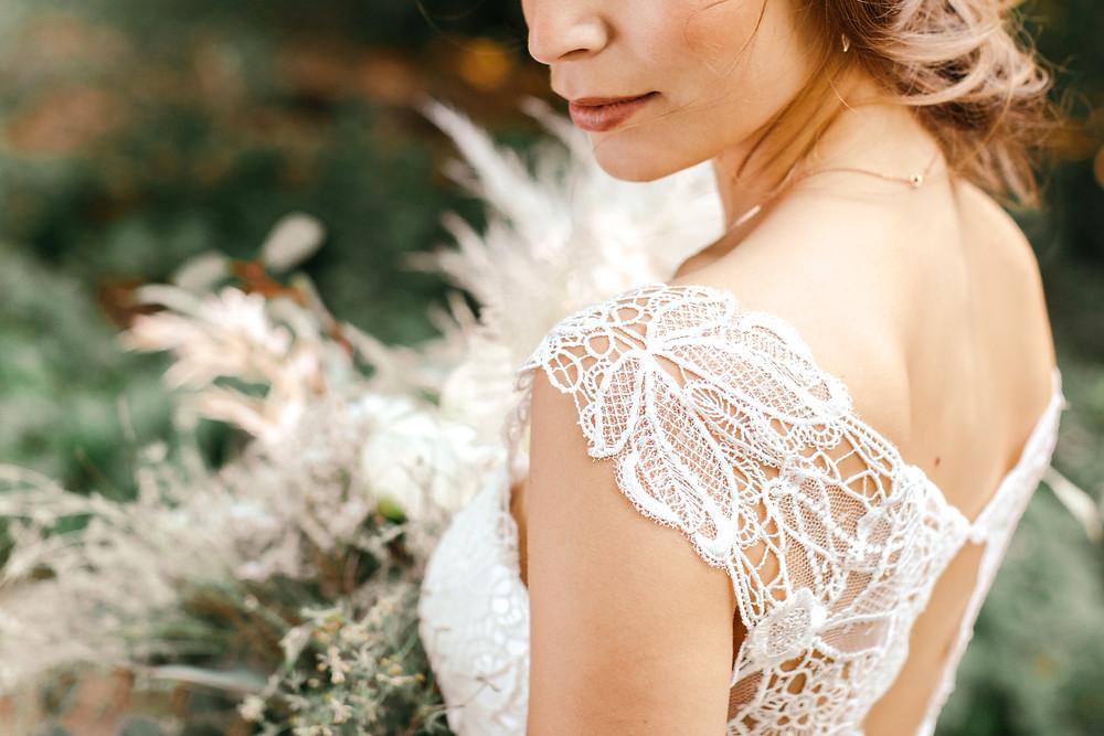 Hochzeitsfotos_Bonn_Details_Brautkleid_Details