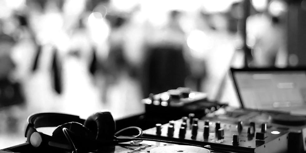 Champagne & DJ Live Music