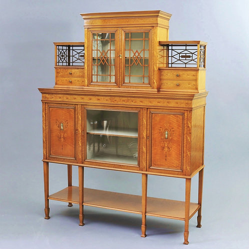 Fine Satinwood Display Cabinet by Gillows of London c1902