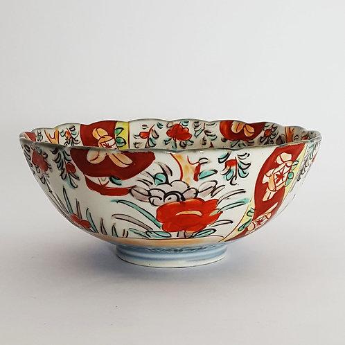 Antique Japanese Imari Bowl side view