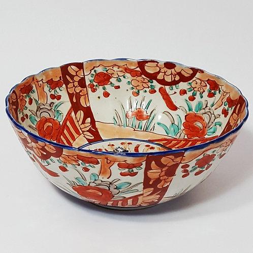 Large Imari Bowl, c late 19th century (25cm)