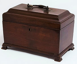 George III Cuban Mahogany Chippendale Tea Caddy c1770