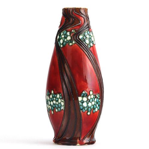 Minton Secessionist Ware Tubeline Decorated Vase c1905