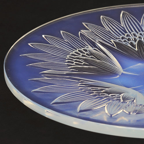 Art Deco D'Avesn Opalescent Glass Dish