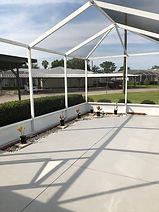 You'll find a large patio birdcage at this Leesburg Florida rental
