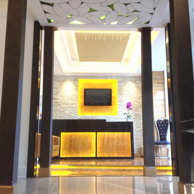 hotel%20reception%20day_edited.jpg