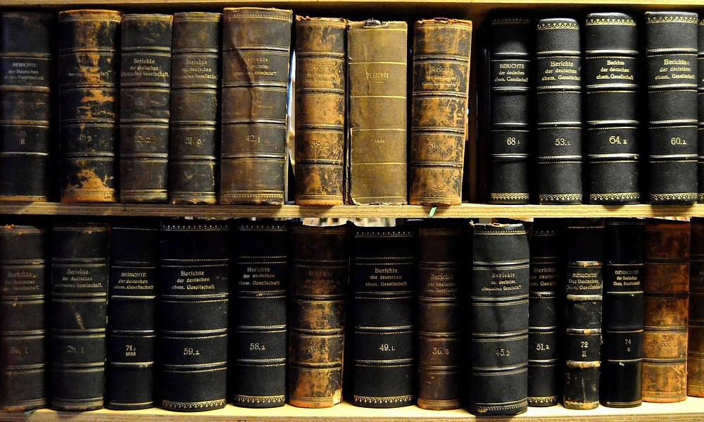 OKYPUS blog post about antique book collecting - ΩΚΥΠΟΥΣ παλαιοβιβλιοπωλείο