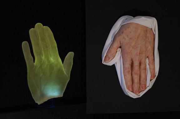 Körper aus Wachs oder Pixel
