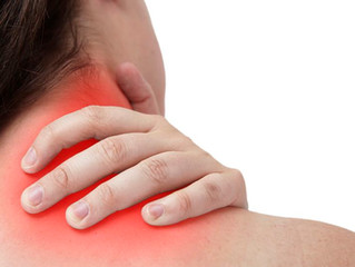 Muskulær Nakkelidelse (Nakkemyalgi) Årsak, Symptomer og Behandling