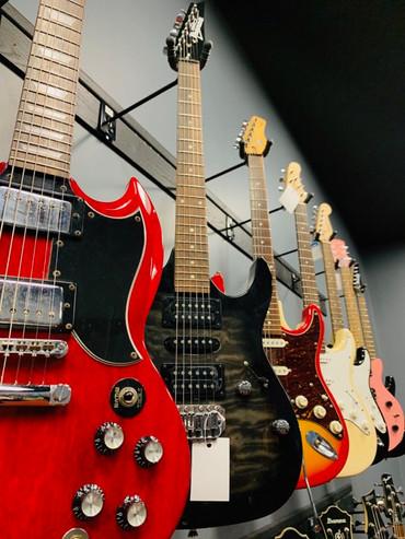 retail electric guitars