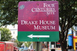 DrakeHouse Sign