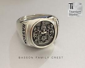 basson-family-crest-rings.jpg
