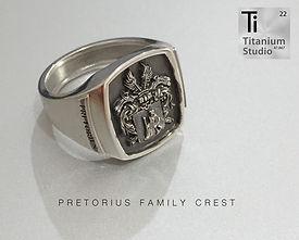 PRETORIUS-coat-of-arms-ring-family-crest